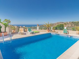 Awesome home in Torrox w/ WiFi and 3 Bedrooms