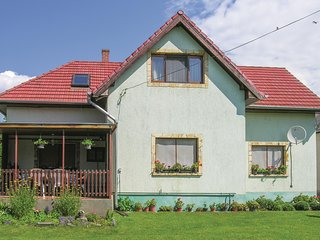 Beautiful home in Vonyarcvashegy w/ WiFi and 2 Bedrooms