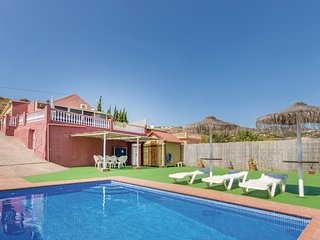 Awesome home in Torrox w/ WiFi and 2 Bedrooms (EAN816)