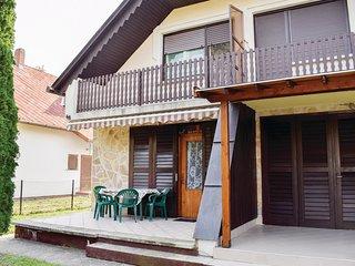 Beautiful home in Balatonberény w/ 2 Bedrooms