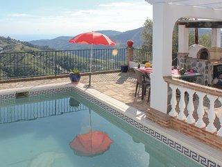 Stunning home in Frigiliana w/ 2 Bedrooms