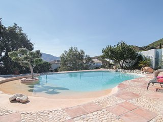 Awesome home in Mijas w/ WiFi and 4 Bedrooms