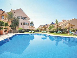 Awesome home in Calahonda, Mijas Costa w/ WiFi and 2 Bedrooms