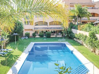 Beautiful home in Marbella w/ 2 Bedrooms and WiFi