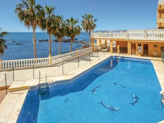 Beautiful home in Benalmádena w/ WiFi and 2 Bedrooms
