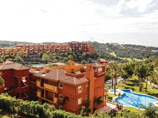 Amazing home in Marbella w/ WiFi and 2 Bedrooms