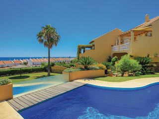 Beautiful home in San Luis de Sabinillas w/ 4 Bedrooms and WiFi