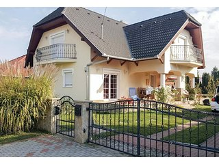 Nice home in Balatonbereny w/ WiFi and 3 Bedrooms