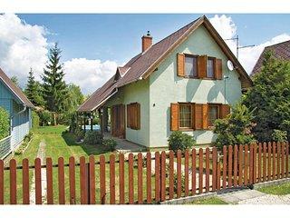 Beautiful home in Lipót w/ 3 Bedrooms