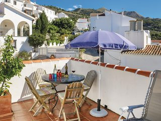 Beautiful home in Canillas de Albaida w/ WiFi and 2 Bedrooms