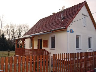Nice home in Kiskunmajsa w/ 2 Bedrooms