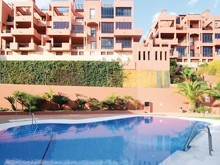 Amazing apartment in Calahonda w/ WiFi, Outdoor swimming pool and 2 Bedrooms