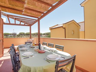 Amazing home in Alberese Grosseto GR w/ WiFi and 3 Bedrooms
