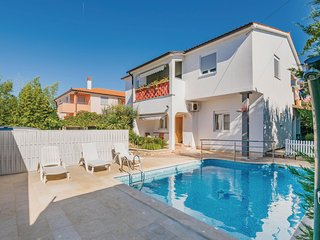 Awesome home in Fazana w/ WiFi and 1 Bedrooms