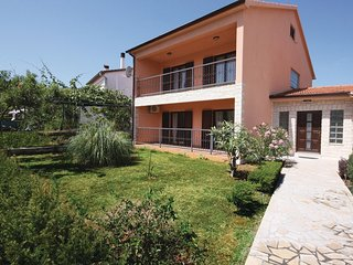 Beautiful home in Fazana w/ WiFi and 4 Bedrooms