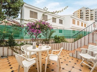 Beautiful home in Oropesa del Mar w/ 3 Bedrooms