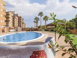 Stunning home in Oropesa del Mar w/ 2 Bedrooms