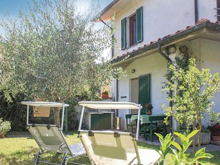 Stunning home in Marciana Di Cascina PI w/ 2 Bedrooms