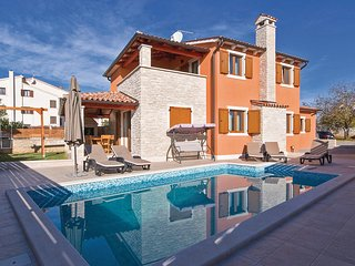Beautiful home in Betiga w/ WiFi, 3 Bedrooms and Outdoor swimming pool