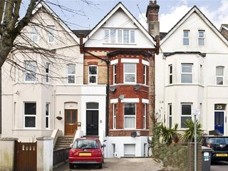Large Maisonette in the heart of Westbourne