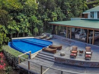 Villa Kuban | Ocean View - Located in Stunning Colombier with Private Pool