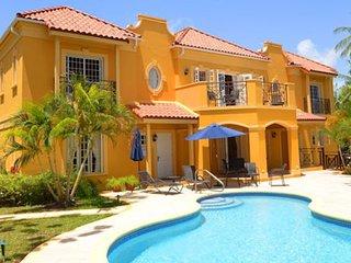 Villa Sundown | Near Ocean - Located in Wonderful Mullins Bay with Private Poo