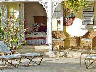 Villa Calliaqua | Ocean View - Located in Wonderful Saint James with Private Po