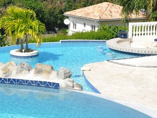 Villa Cascades | Ocean View - Located in Wonderful Terres Basses with Private