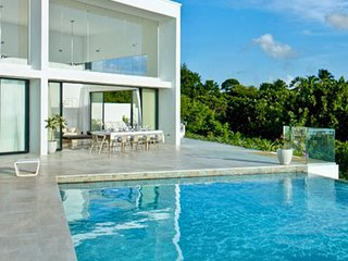 Atelier House | Ocean View - Located in Beautiful Saint James with Private Poo