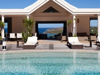 Villa Arrowmarine | Ocean Front - Located in Exquisite Mont Jean with Private
