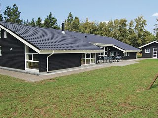 Beautiful home in Blåvand w/ Sauna, WiFi and 5 Bedrooms (P32455)
