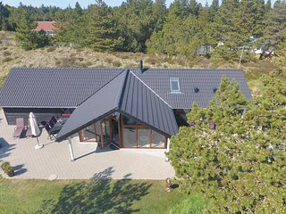 Nice home in Blavand w/ WiFi and 3 Bedrooms