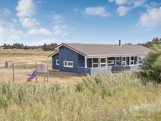 Amazing home in Blåvand w/ Sauna, WiFi and 5 Bedrooms (P32512)
