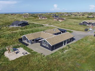 Stunning home in Ringkøbing w/ Sauna, WiFi and 7 Bedrooms