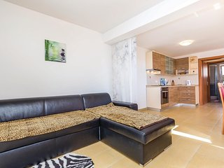 Nice home in Barbat w/ WiFi and 1 Bedrooms