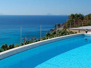 Villa Gouverneur View | Ocean View - Located in Fabulous Gouverneur