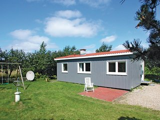 Amazing home in Esbjerg V w/ Sauna and 1 Bedrooms