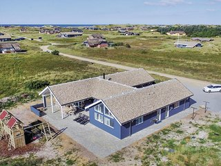 Nice home in Ringkøbing w/ Sauna, WiFi and 7 Bedrooms