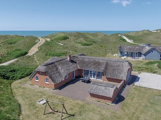 Amazing home in Ringkøbing w/ Sauna, WiFi and 4 Bedrooms