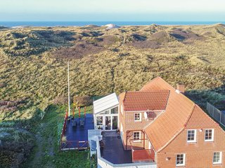 Amazing home in Hvide Sande w/ WiFi and 4 Bedrooms