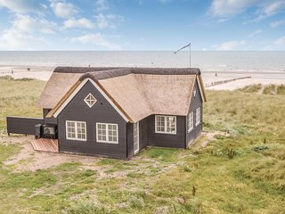 Stunning home in Blavand w/ WiFi and 3 Bedrooms