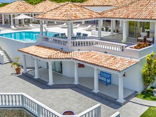 Villa La Bella Casa | Ocean View - Located in Wonderful Terres Basses with Priv