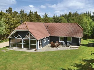 Awesome home in Vejers Strand w/ Sauna, WiFi and 4 Bedrooms