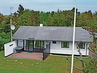 Amazing home in Oksbøl w/ WiFi and 3 Bedrooms (P32729)