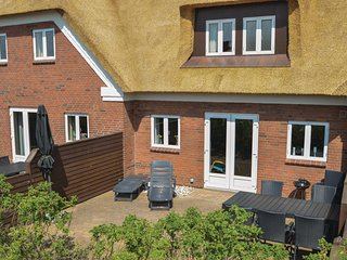 Stunning home in Blåvand w/ WiFi and 3 Bedrooms