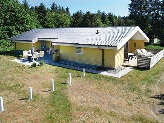 Beautiful home in Norre Nebel w/ Sauna, WiFi and 4 Bedrooms