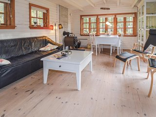 Nice home in Højslev w/ WiFi and 3 Bedrooms