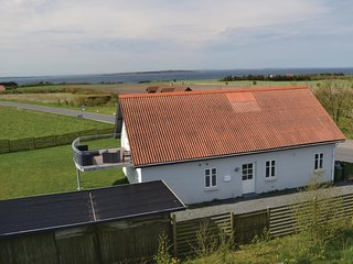 Nice home in Ranum w/ Sauna, WiFi and 3 Bedrooms