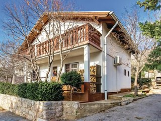 Stunning home in Karlobag w/ WiFi and 1 Bedrooms