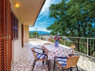 Awesome home in Senj w/ 3 Bedrooms